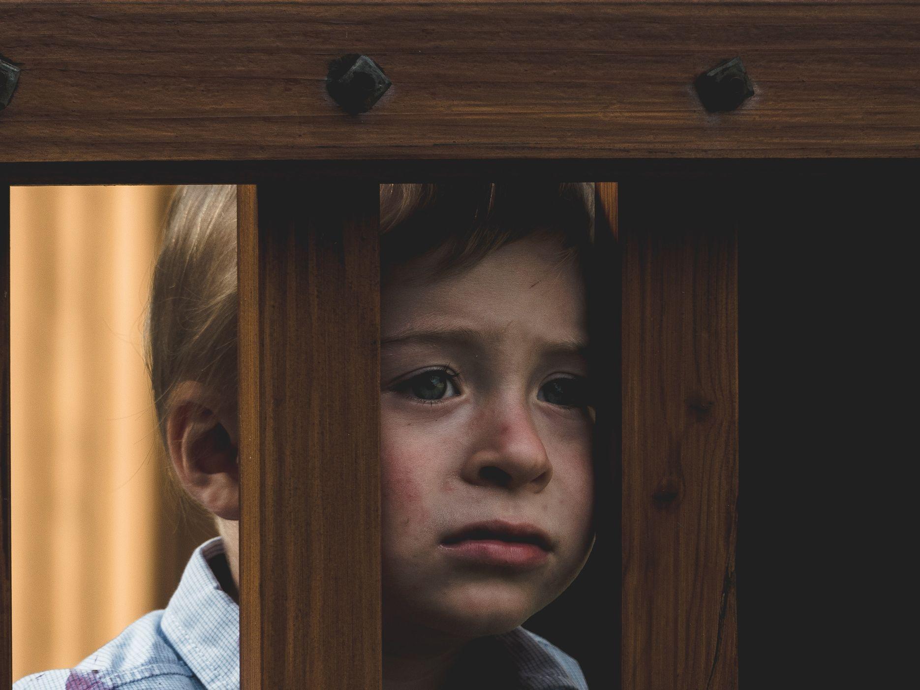 Crianças socialmente isoladas devido ao COVID-19 podem estar em maior risco de Depressão